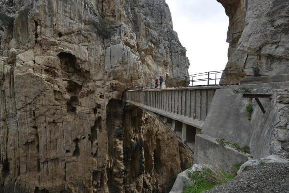 El Caminito del Rey era un paso para los operarios que trabajaban en los Saltos del Gaitanejo y del Chorro. Foto: Sebastián Álvaro