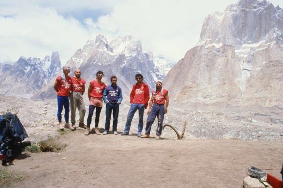 El grupo de 1986. Foto: Sebastián Álvaro