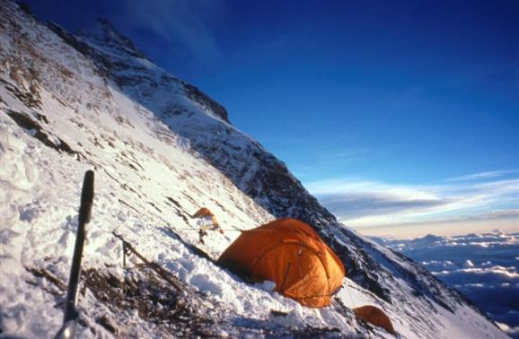 Campo III del Everest. Foto: Sebastián Álvaro