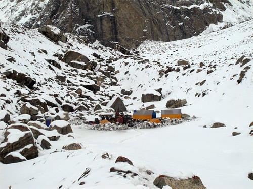 El Campo Base del Laila Peak. Foto: Sebastián Álvaro